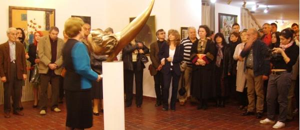 Marina Nicolaev vorbind unei largi audiente la vernisaj